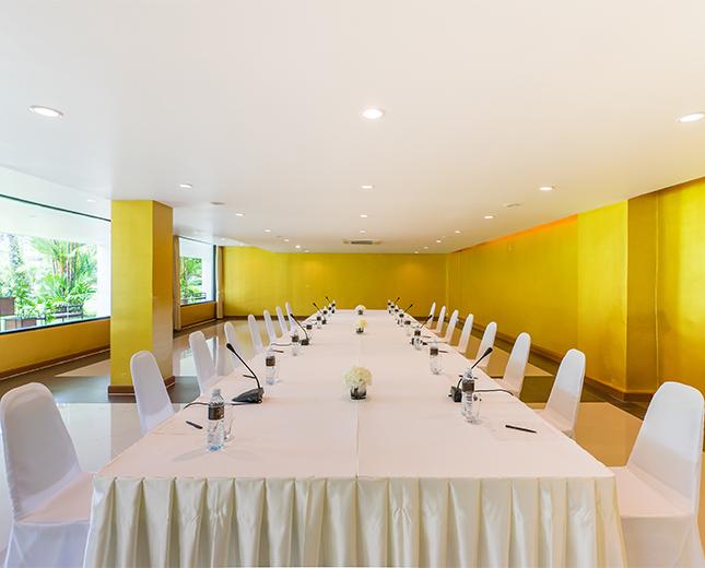 Group_Naithonburi Meeting Room (1)_645