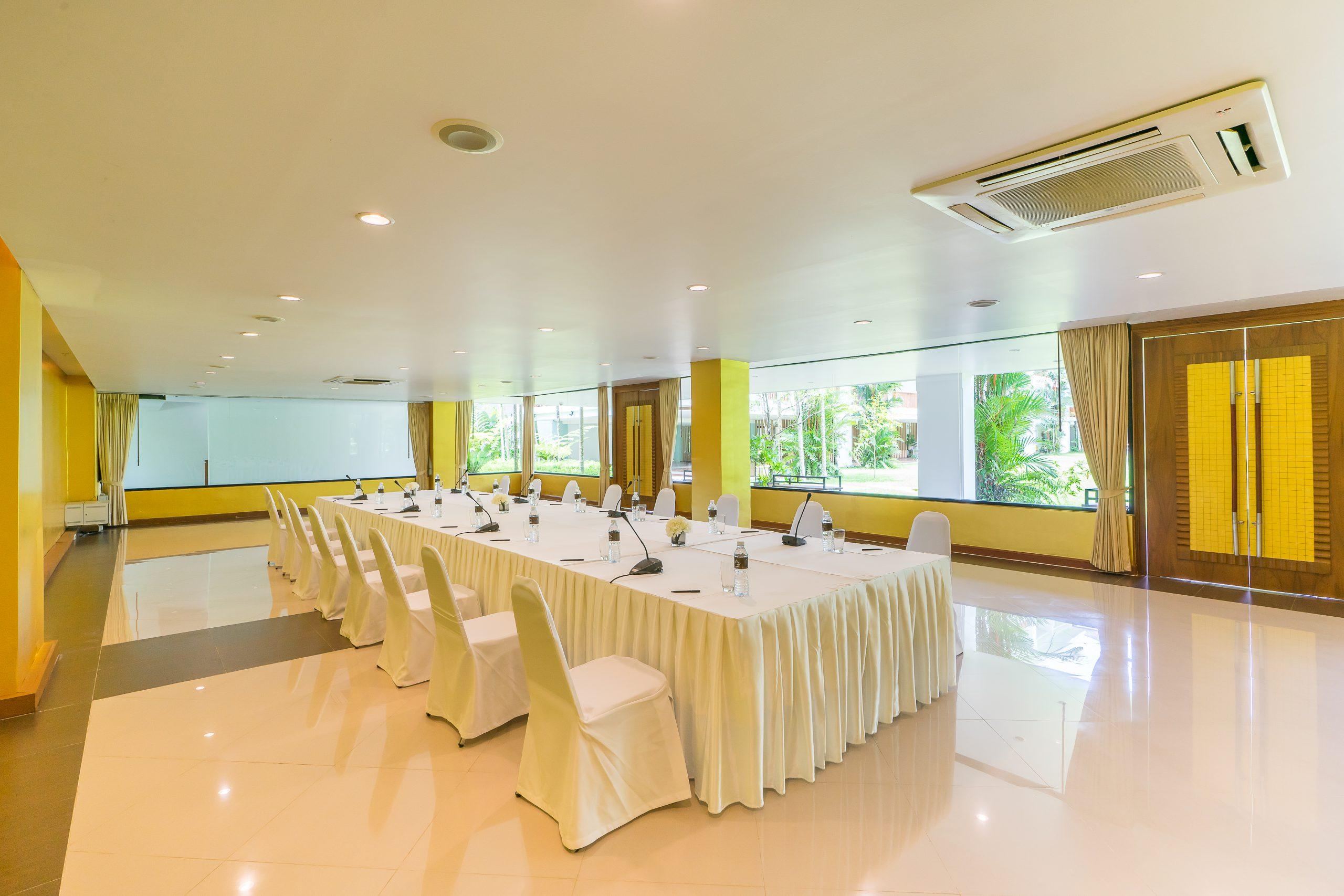 Group_Naithonburi Meeting Room (3)