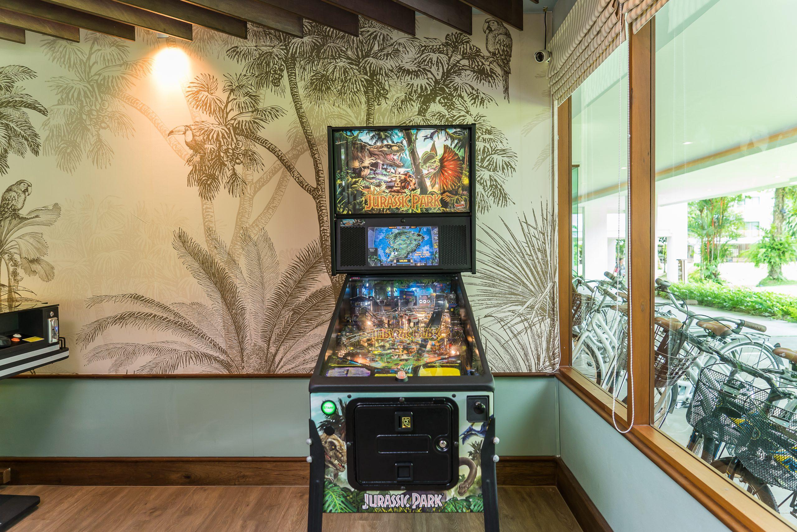 ResortFacilities_GameRoom_Playground_SQ3