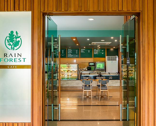 Restaurant_Rainforest Cafe (3)_645_1